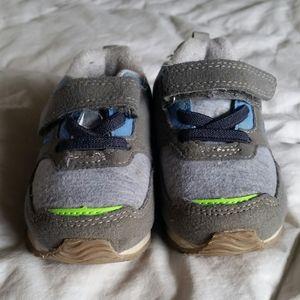 Osh'Kosh Velcro Baby Shoes